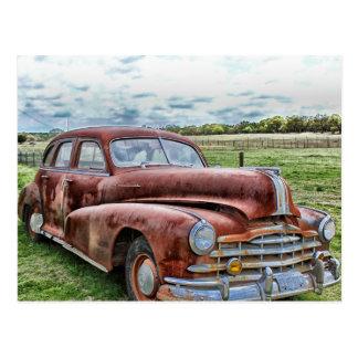 Cartão Postal Automóvel clássico velho oxidado do vintage do