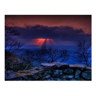 Cartão Postal azul do cume do trovão