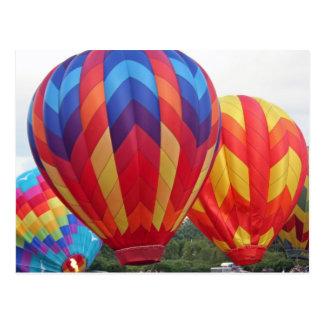 Cartão Postal Balão colorido brilhantemente