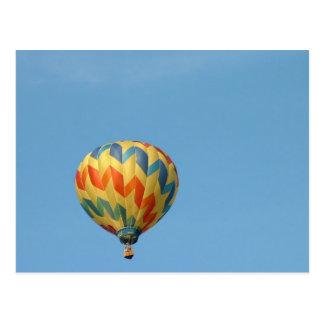 Cartão Postal Balão que voa altamente!