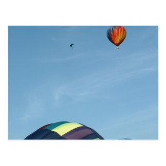 Cartão Postal Balões de ar quente, com pára-quedas