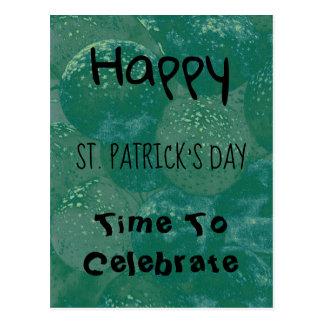 Cartão Postal Balões do verde do dia de St Patrick feliz