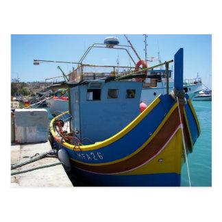 Cartão Postal Barco de pesca maltês colorido
