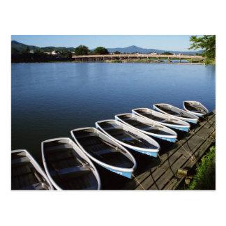 Cartão Postal Barcos de fileira em Arashiyama em Kyoto