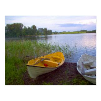 Cartão Postal Barcos e o lago