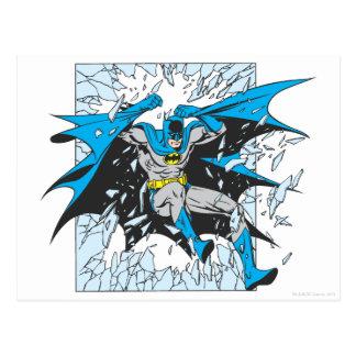 Cartão Postal Batman estoura através do vidro