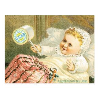 Cartão Postal Bebê de Clarks com o carretel da linha