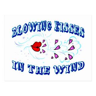 Cartão Postal Beijos de sopro no vento