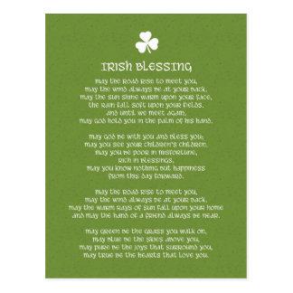 Cartão Postal Bênção irlandesa verde do trevo