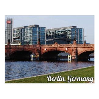 Cartão Postal Berlim Alemanha - dia de primavera ensolarado