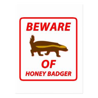 Cartão Postal Beware do texugo de mel