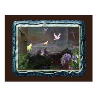 Cartão Postal bluebellfield com unicórnios