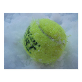 Cartão Postal Bola de tênis na neve