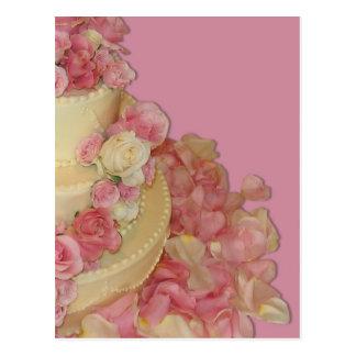 Cartão Postal Bolo & rosas de casamento
