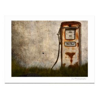 Cartão Postal Bomba de gás antiga velha oxidada