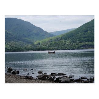 Cartão Postal bote em Loch Lomond
