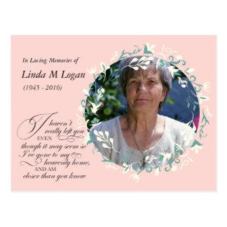Cartão Postal Branco cor-de-rosa elegante grinalda floral