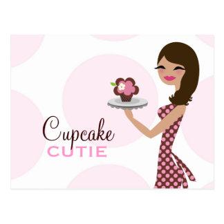 Cartão Postal Brunette ondulado de Cutie do cupcake de 311