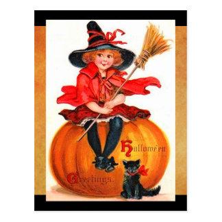 Cartão Postal Bruxa pequena do Dia das Bruxas do vintage