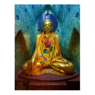 Cartão Postal Buddha na alcova ornamentado