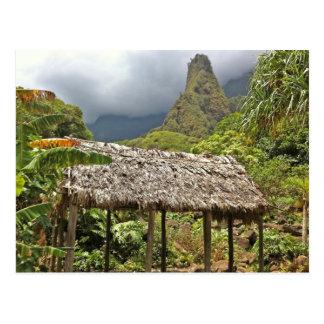 Cartão Postal Cabana no parque estadual do vale de Iao, Maui,