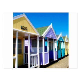 Cartão Postal Cabanas abstratas da praia