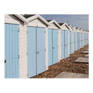 Cartão Postal Cabanas azuis e brancas da praia