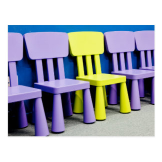 Cartão Postal Cadeiras para miúdos