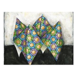 Cartão Postal Caixa de fortuna de Origami no papel geométrico