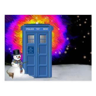 Cartão Postal caixa de polícia do inverno com boneco de neve