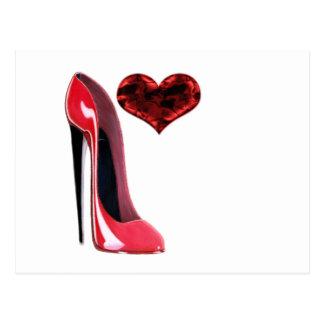 Cartão Postal Calçados do estilete e coração 3D vermelhos