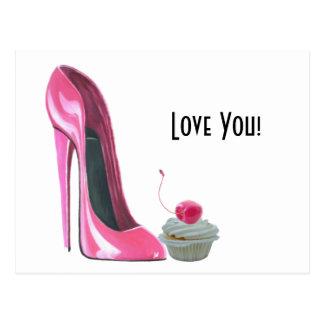 Cartão Postal Calçados do estilete e cupcake cor-de-rosa da