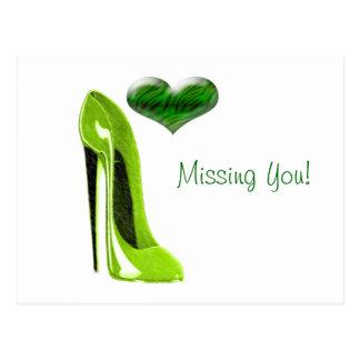 Cartão Postal Calçados picantes do estilete do verde limão e