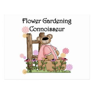 Cartão Postal Camisas e presentes do perito T do jardim