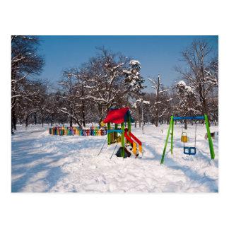 Cartão Postal Campo de jogos nevado