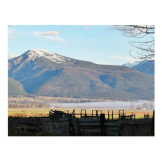 Cartão Postal Campos das montanhas do Bitterroot