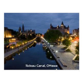 Cartão Postal Canal de Rideau e movimentação de Sussex na noite