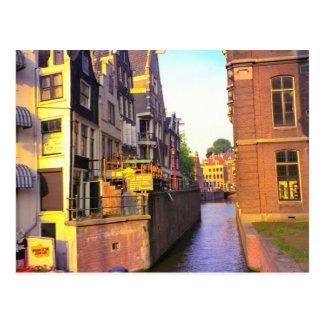 Cartão Postal Canal em Amsterdão velha
