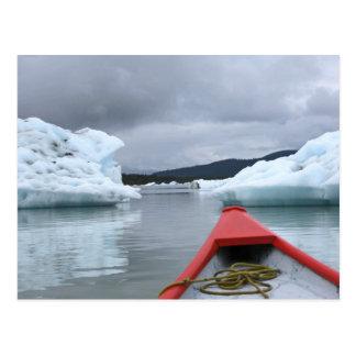 Cartão Postal Canoa e iceberg no lago Mendenhall, Juneau