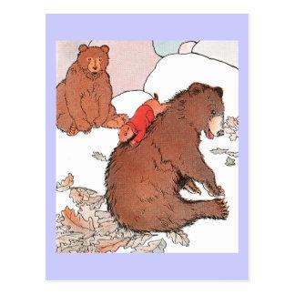 Cartão Postal Cão de pradaria que joga com urso