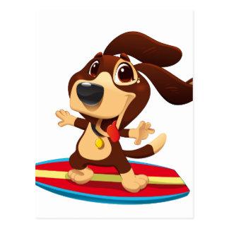 Cartão Postal Cão engraçado bonito em uma ilustração da prancha