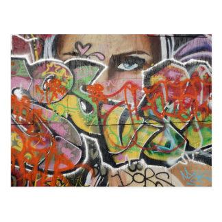 Cartão Postal cara do tipo de texto mulher mural da arte