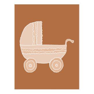 Cartão Postal Carrinho de criança de bebê bege antiquado em