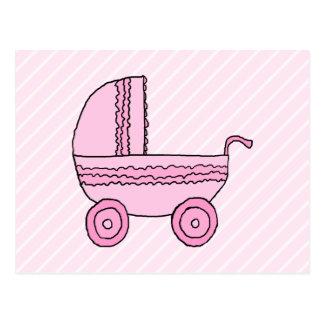 Cartão Postal Carrinho de criança de bebê. Rosa na luz - listras