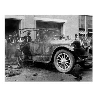 Cartão Postal Carro antigo Fogo, 1921