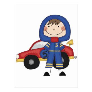 Cartão Postal Carro de corridas - camiseta e presentes do menino