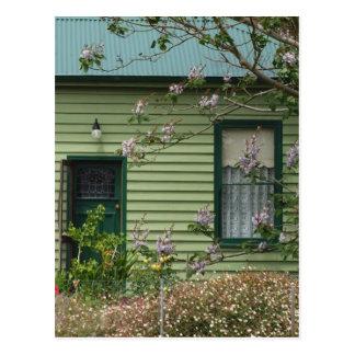 Cartão Postal Casa de campo verde