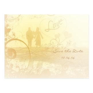 Cartão Postal Casamento de praia amarelo do coração