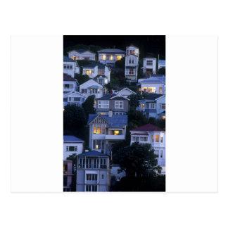 Cartão Postal Casas de campo estratificados e baía oriental dos