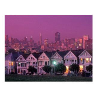 Cartão Postal Casas de fileira no por do sol em San Francisco,